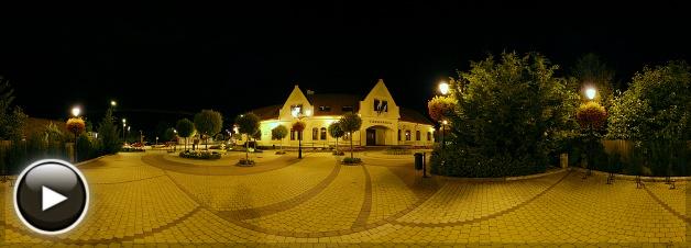 Dunakeszi Városháza éjjel, Dunakeszi